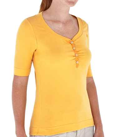 Royal Robbins Endeavor Henley Shirt - UPF 30, Stretch Cotton, Elbow Sleeve (For Women) in Raffia - Closeouts