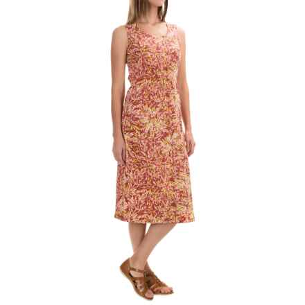 Royal Robbins Essential Floret Dress - UPF 50+, Sleeveless (For Women) in Pimento - Closeouts