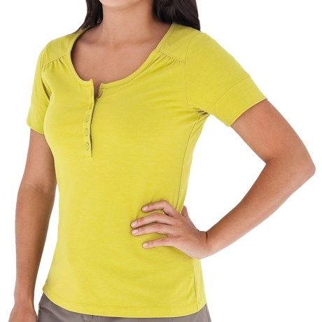 Royal Robbins Essential Henley Shirt - UPF 50+, Short Sleeve (For Women) in Lime