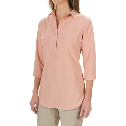 Royal Robbins Expedition Stretch Shirt - UPF 50+, 3/4 Sleeve (For Women) in Light Cantaloup - Closeouts
