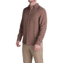 Royal Robbins Hemlock Herringbone Shirt - UPF 50+, Long Sleeve (For Men) in Merlot - Closeouts