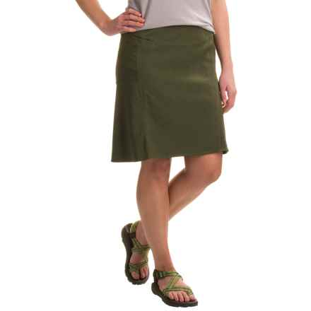 Royal Robbins Herringbone Discovery Strider Skirt - UPF 50+ (For Women) in Dark Olive - Closeouts