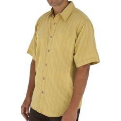 Royal Robbins Jasper Shirt - Organic Cotton-Rich, Short Sleeve (For Men) in Wheat