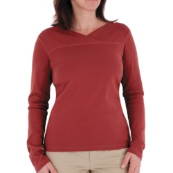 Royal Robbins Kick Back Crossover Shirt - Long Sleeve (For Women) in Tomato