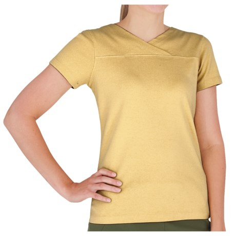 Royal Robbins Kick Back Crossover Shirt - UPF 40+, Short Sleeve (For Women) in Straw