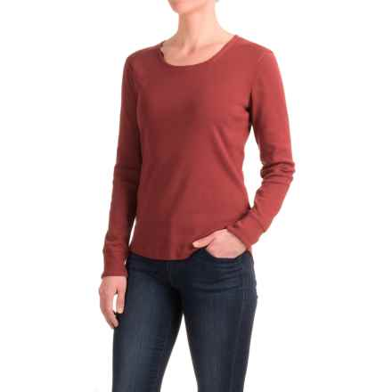 Royal Robbins Kick Back T-Shirt - UPF 50+, Scoop Neck, Long Sleeve (For Women) in Ruby - Closeouts