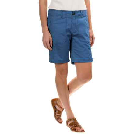Royal Robbins Marly Roll-Up Shorts - UPF 50+ (For Women) in Dark Lapis - Closeouts