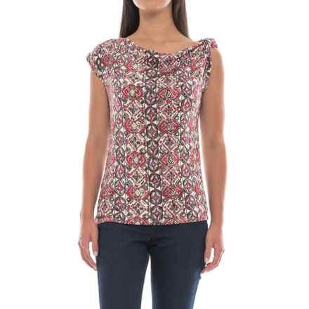 Royal Robbins Noe Sevilla Shirt - Tabbed Short Sleeve (For Women) in Flame - Closeouts