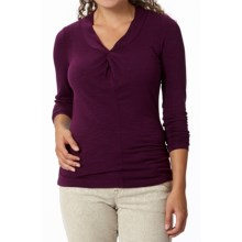 Royal Robbins Noe Vee Shirt - Long Sleeve (For Women) in Blackberry - Closeouts