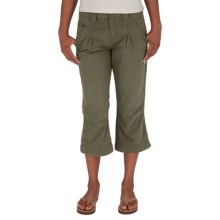 Royal Robbins Promenade Capris (For Women) in Light Olive - Closeouts