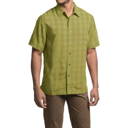 Royal Robbins San Juan Plaid Shirt - UPF 50+, Short Sleeve (For Men) in Spanish Moss - Closeouts