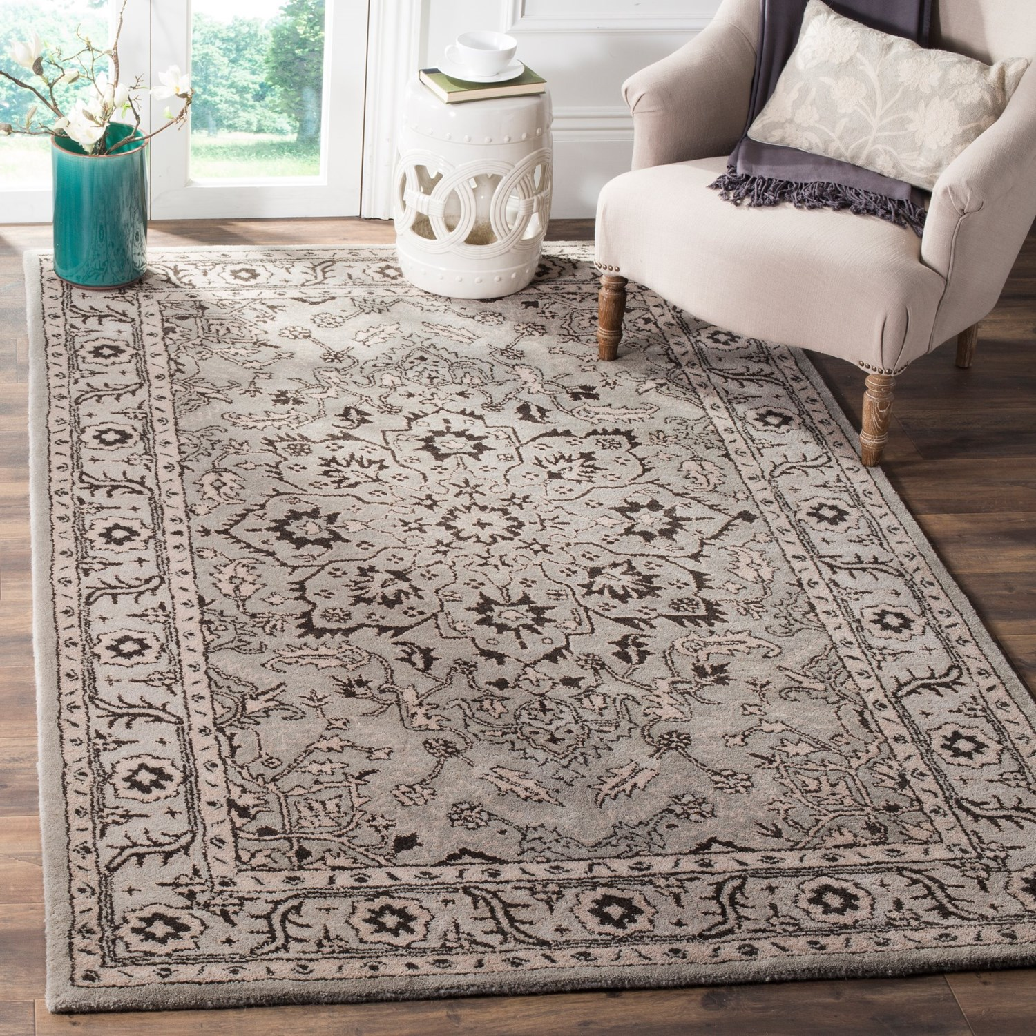 Safavieh antiquity collection grey and beige area rug for Grey and tan rug