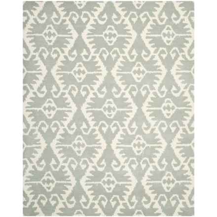 Safavieh Wyndham Collection Grey and Ivory Area Rug - 8x10', Hand-Tufted Wool in Grey/Ivory - Closeouts