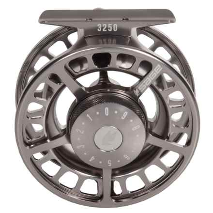 Sage 3250 Fly Reel in Platinum - Closeouts