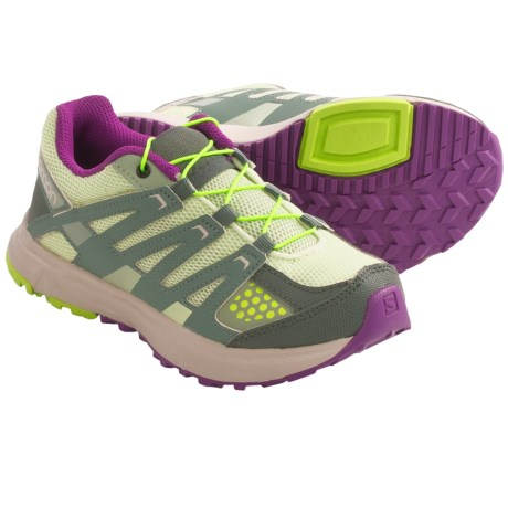 Salomon XR Mission Trail Shoes (For Kids and Youth) in Greentea/Light Titanium/Green