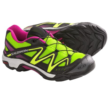 Salomon XT Wings Hiking Shoes (For Kids and Youth) in Organic Green/Black/Pink