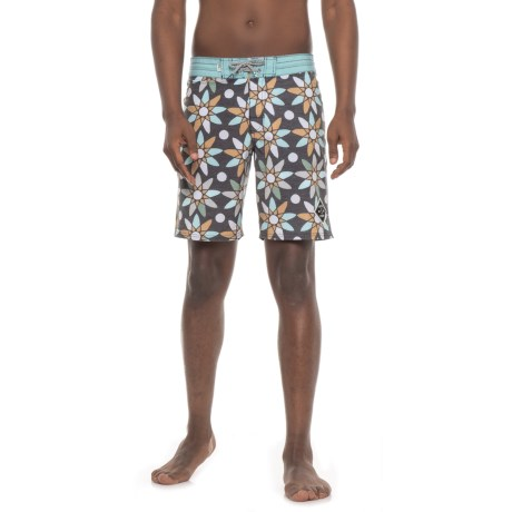 Salty Crew Outhaul Boardshorts (For Men) in Black Print