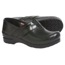 Sanita Original Fresno Clogs - Leather (For Women) in Green - Closeouts
