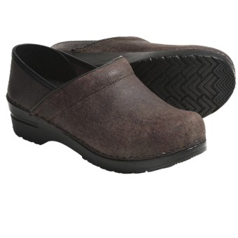 Sanita Professional Clogs - Distressed Leather (For Women) in Dark Brown