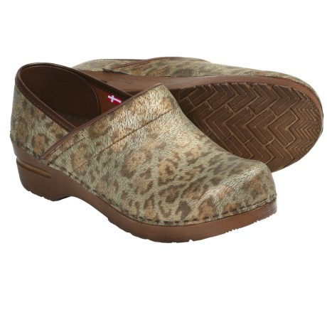 Sanita Professional Safari Clogs (For Women) in Brown Leopard