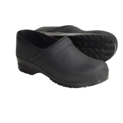 Sanita Professional San Flex Clogs - Oiled Leather (For Women) in Black