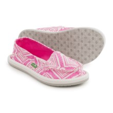 Sanuk Light Bright Moc Shoes - Slip-Ons (For Little and Big Girls) in Hot Pink Tribal - Closeouts