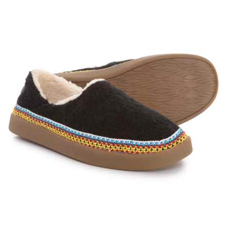 Sanuk Little Bootah Shoes (For Women) in Black - Closeouts
