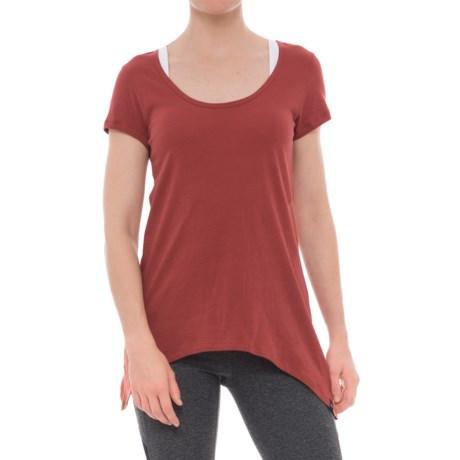 Satva Easy Sharkbite T-Shirt - Organic Cotton, Short Sleeve (For Women) in Ember