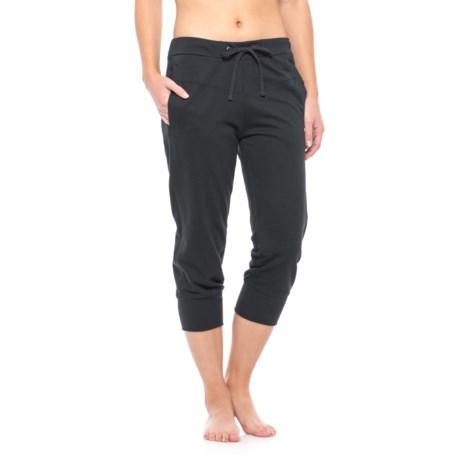 Satva Ghram Capris - Organic Cotton-Modal (For Women) in Black