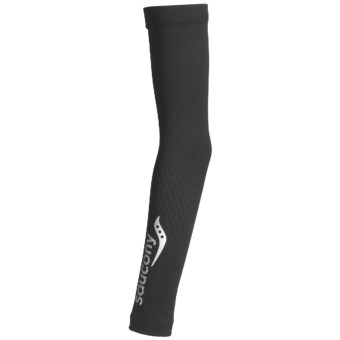 Saucony Amp Pro2 Compression Arm Warmers (For Men and Women) in Black