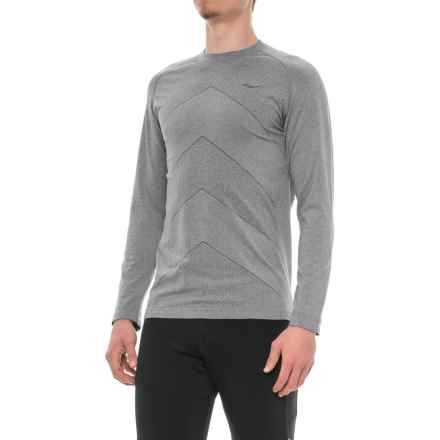 Saucony Dash Seamless Shirt - Long Sleeve (For Men) in Carbon - Closeouts
