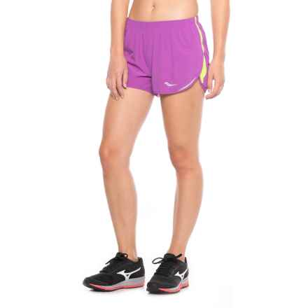 Saucony Endorphin Split Shorts - Built-In Briefs (For Women) in Dahlia - Closeouts