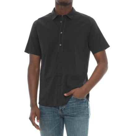 Saucony Fearless Shirt - Short Sleeve (For Men) in Black - Closeouts