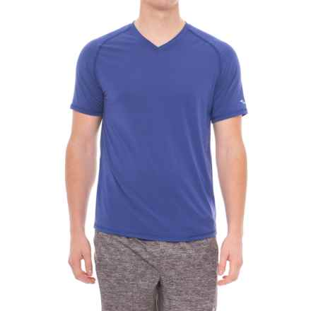 Saucony Freedom Shirt - V-Neck, Short Sleeve (For Men) in Lakeside - Closeouts