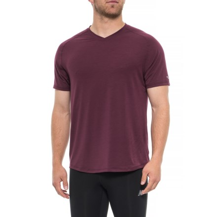 b129a770 Saucony Freedom Shirt - V-Neck, Short Sleeve (For Men) in Zinfandel
