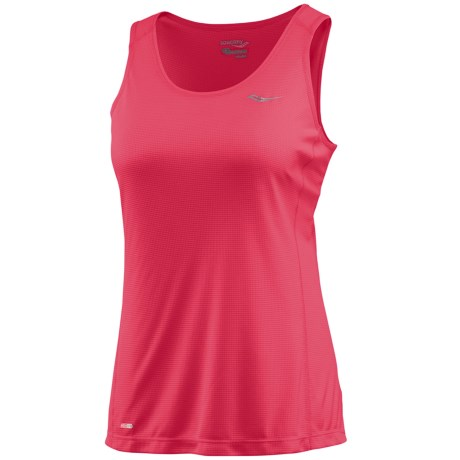 Saucony Hydralite Tank Top - Recycled Materials (For Women) in Cherry Burst