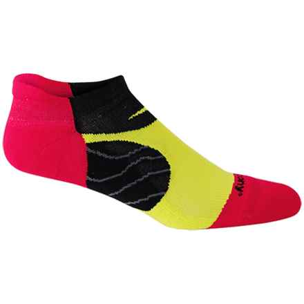 Saucony Kinvara No-Show Tab Socks - Below the Ankle (For Men and Women) in Strong Red - Closeouts