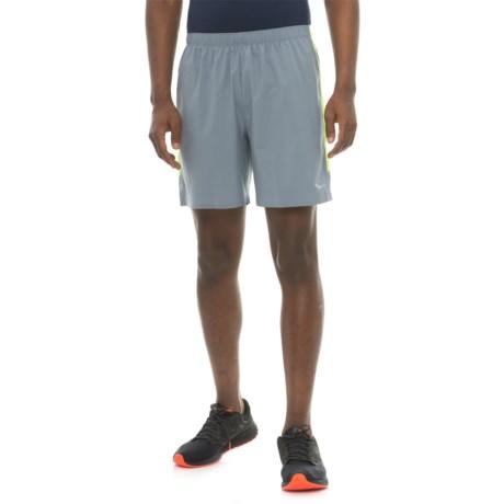 Saucony Run Lux Shorts (For Men) in Flinestone