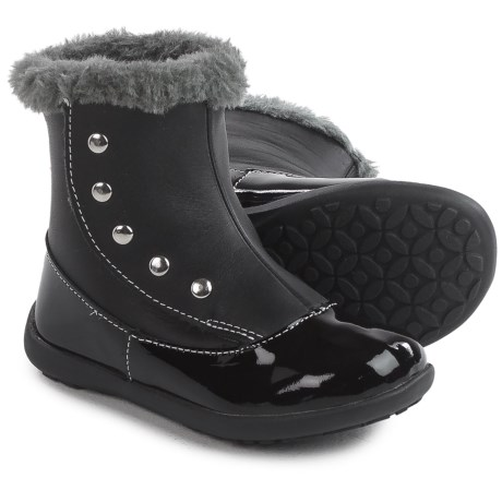 See Kai Run Amelia Boots - Patent Leather (For Toddlers and Little Girls) in Black