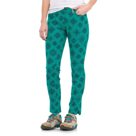 Sherpa Adventure Gear Jatra Skinny Ankle Pants (For Women) in Yuu