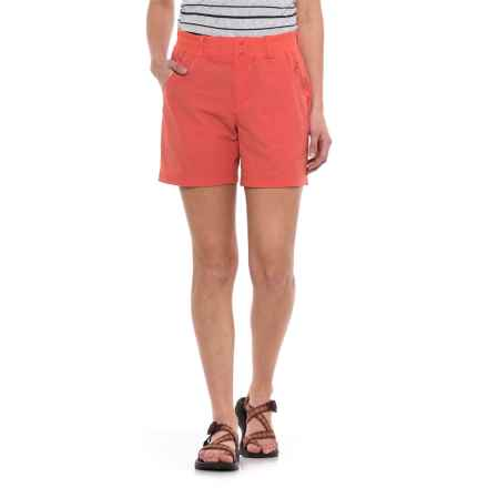 Simms Drifter Shorts - UPF 30+ (For Women) in Dark Coral - Closeouts