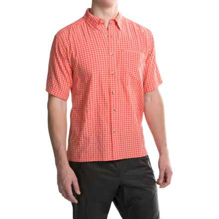 Simms Morada Shirt - UPF 30+, Button Down, Short Sleeve (For Men) in Chili - Closeouts