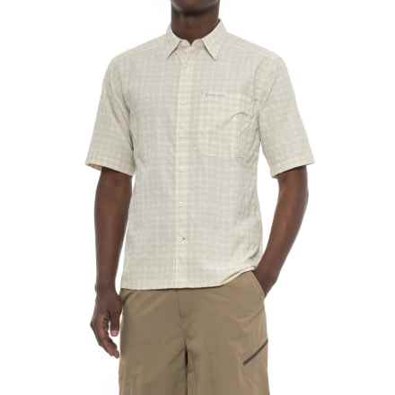Simms Morada Shirt - UPF 30+, Button Down, Short Sleeve (For Men) in Pale Khaki Plaid - Closeouts