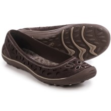 Skechers Relaxed Fit Earth Fest Shoes - Leather, Slip-Ons (For Women) in Chocolate - Closeouts