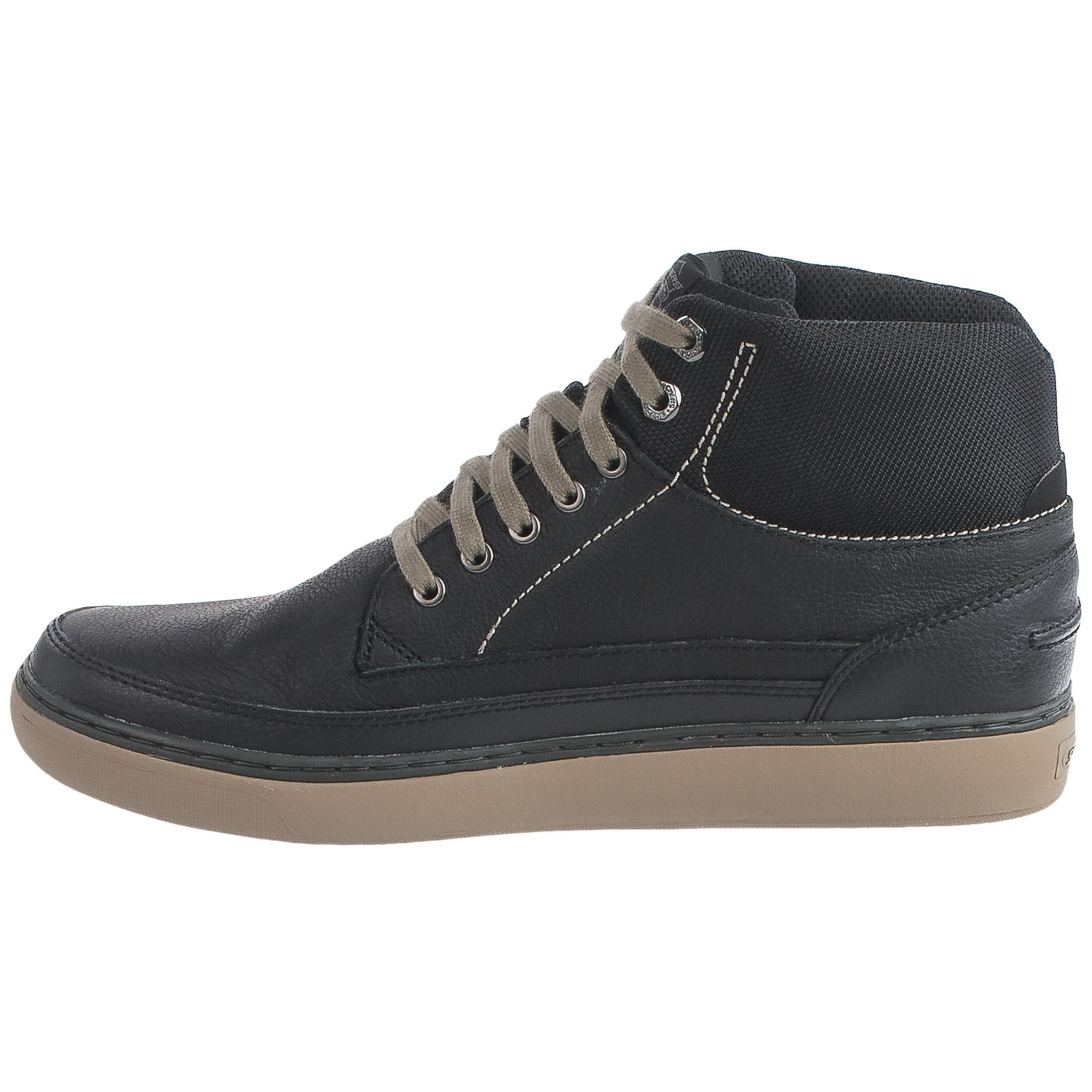 New Men's Size 45/ Camper Runner Black Leather Sneakers Boots K Camper Runner Black Sneakers Men K Retail $ Runner men's sneaker boots offer a relaxed look with soft leather and a sporty silhouette in a reimagined style taken from our archives.