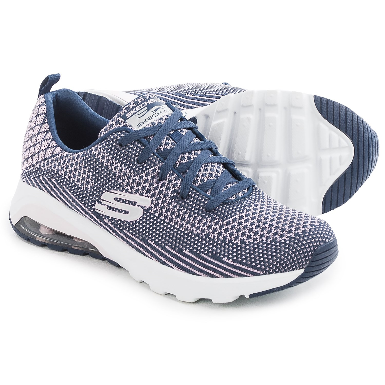 Shop adalatblog.ml for Skechers golf shoes in spiked and spikeless models. Get the style, traction, and comfort you need for golf with styles for men and women.