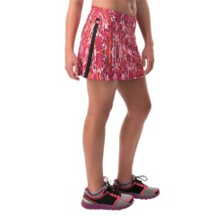 Skirt Sports Gym Girl Ultra Skort - Built-In Shorts (For Women) in Ignite Print