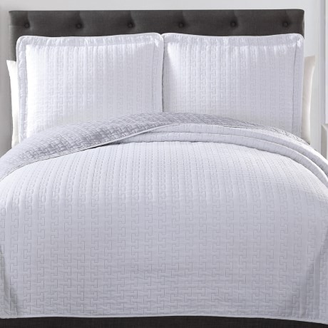 S.L. Home Fashions Huntington Quilt Set - Queen, Reversible in Whtie/Light Grey