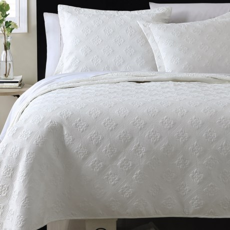 S.L. Home Fashions Zena Quilt Set - King in White