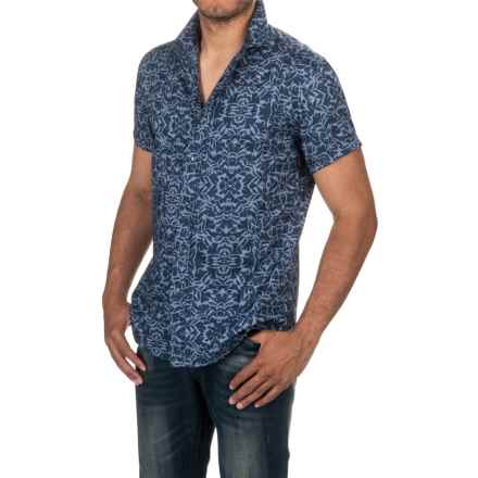 Slate & Stone Bates Shirt - Short Sleeve (For Men) in Indigo Floral Print - Closeouts